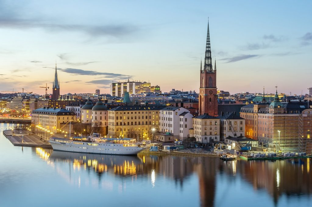 Stockholm's current rental situation - 4 problems with 1 solution